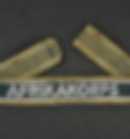 1053-ventes-dobjets-militaires-et-de-souvenirs-historiques-automne-2018 - Lot 2193