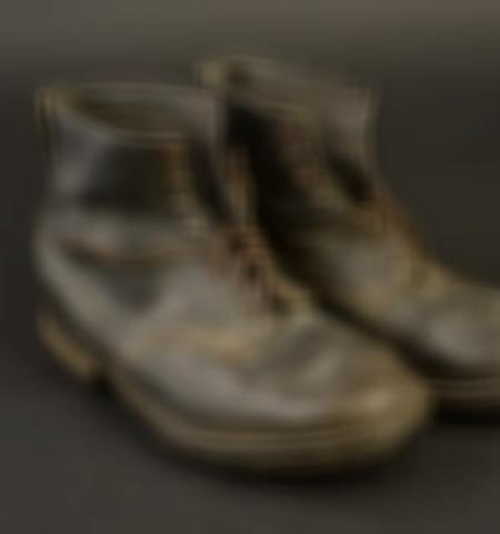 1219-___vente-dobjets-militaires-et-de-souvenirs-historiques-du-xxeme-siecle - Lot 432