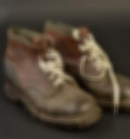 1219-___vente-dobjets-militaires-et-de-souvenirs-historiques-du-xxeme-siecle - Lot 454