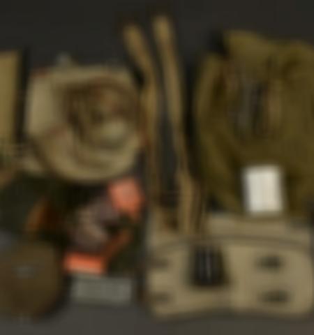 1219-___vente-dobjets-militaires-et-de-souvenirs-historiques-du-xxeme-siecle - Lot 474