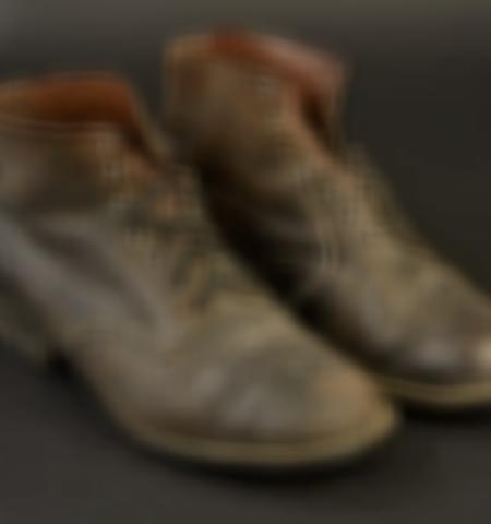 1219-___vente-dobjets-militaires-et-de-souvenirs-historiques-du-xxeme-siecle - Lot 550
