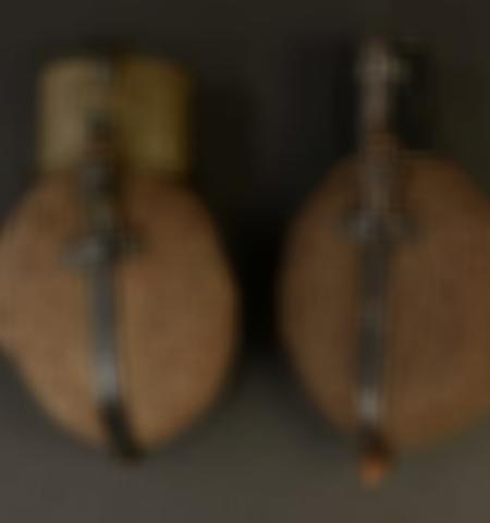 1219-___vente-dobjets-militaires-et-de-souvenirs-historiques-du-xxeme-siecle - Lot 561