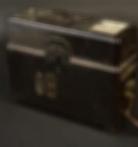 1219-___vente-dobjets-militaires-et-de-souvenirs-historiques-du-xxeme-siecle - Lot 571