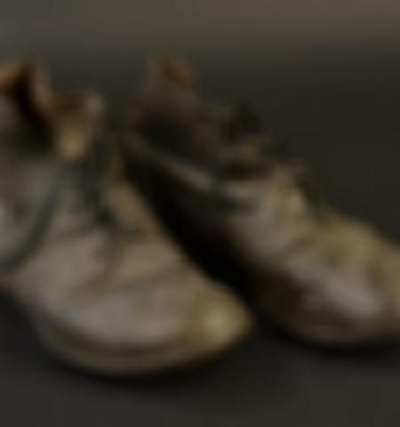 1219-___vente-dobjets-militaires-et-de-souvenirs-historiques-du-xxeme-siecle - Lot 580