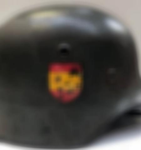 1219-___vente-dobjets-militaires-et-de-souvenirs-historiques-du-xxeme-siecle - Lot 607