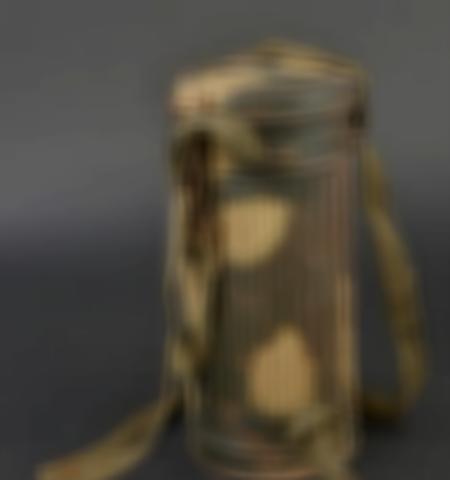 1219-___vente-dobjets-militaires-et-de-souvenirs-historiques-du-xxeme-siecle - Lot 615