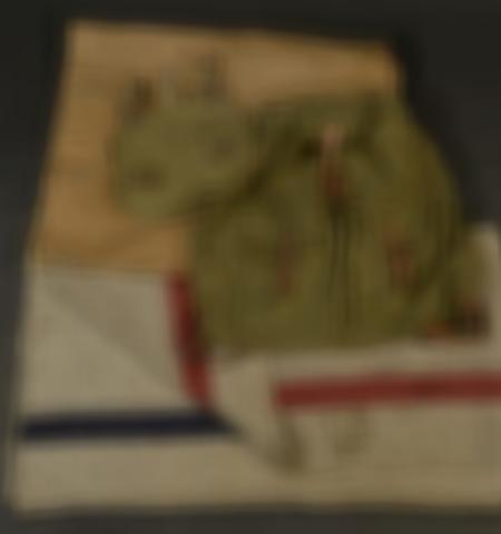 1219-___vente-dobjets-militaires-et-de-souvenirs-historiques-du-xxeme-siecle - Lot 617