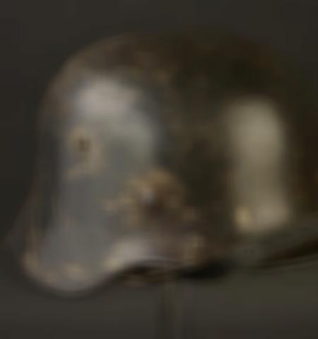 1219-___vente-dobjets-militaires-et-de-souvenirs-historiques-du-xxeme-siecle - Lot 685