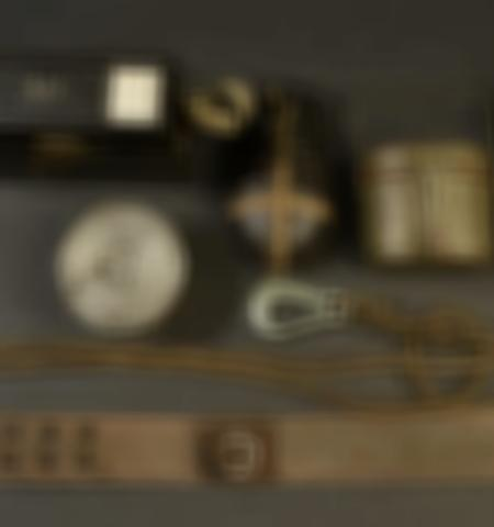 1219-___vente-dobjets-militaires-et-de-souvenirs-historiques-du-xxeme-siecle - Lot 749