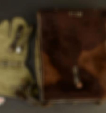 1219-___vente-dobjets-militaires-et-de-souvenirs-historiques-du-xxeme-siecle - Lot 757