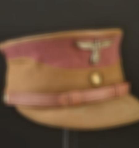 1219-___vente-dobjets-militaires-et-de-souvenirs-historiques-du-xxeme-siecle - Lot 831