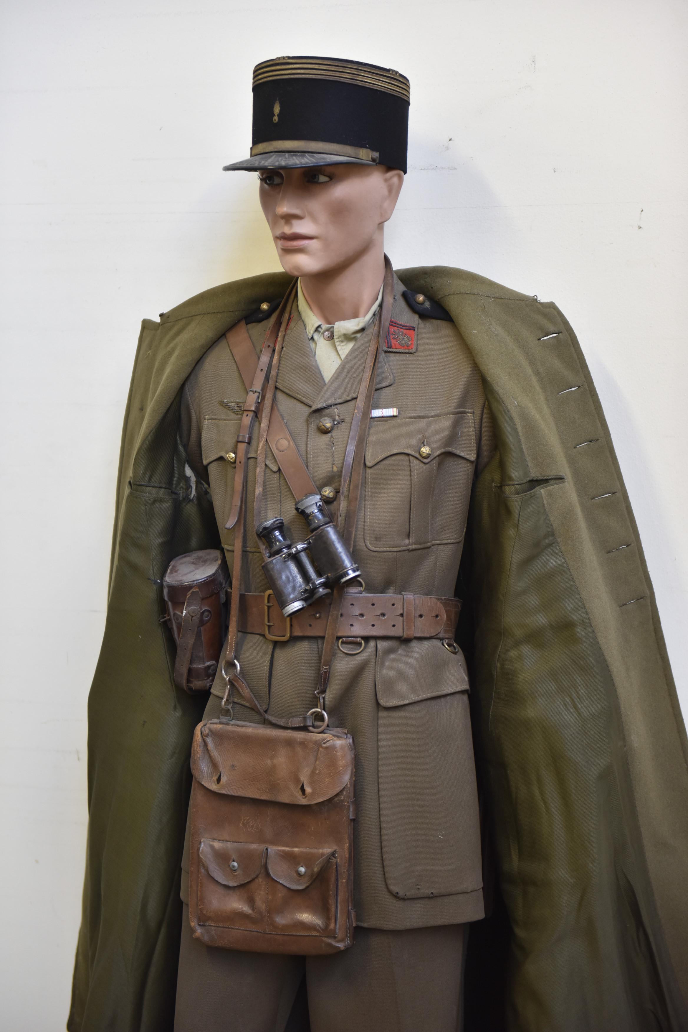 salle des ventes caen vestes allemandes beaucoup de tampons !!! 996_2