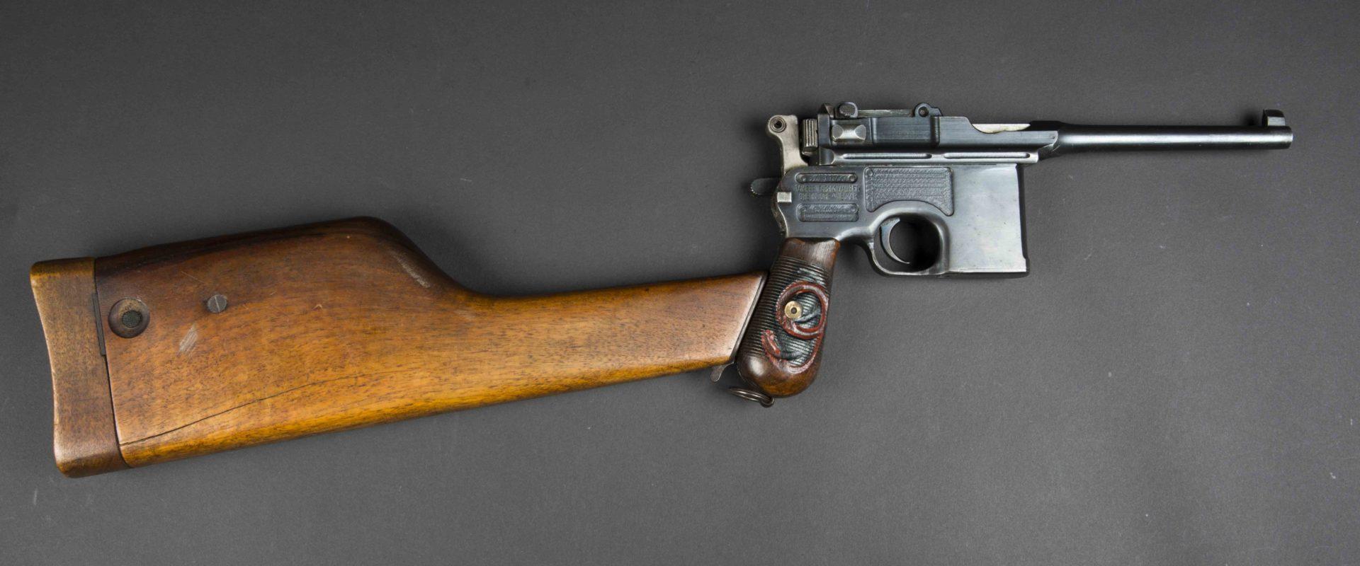 pistolet c96 9mm et son étui crosse catégorie b aiolfi g b r